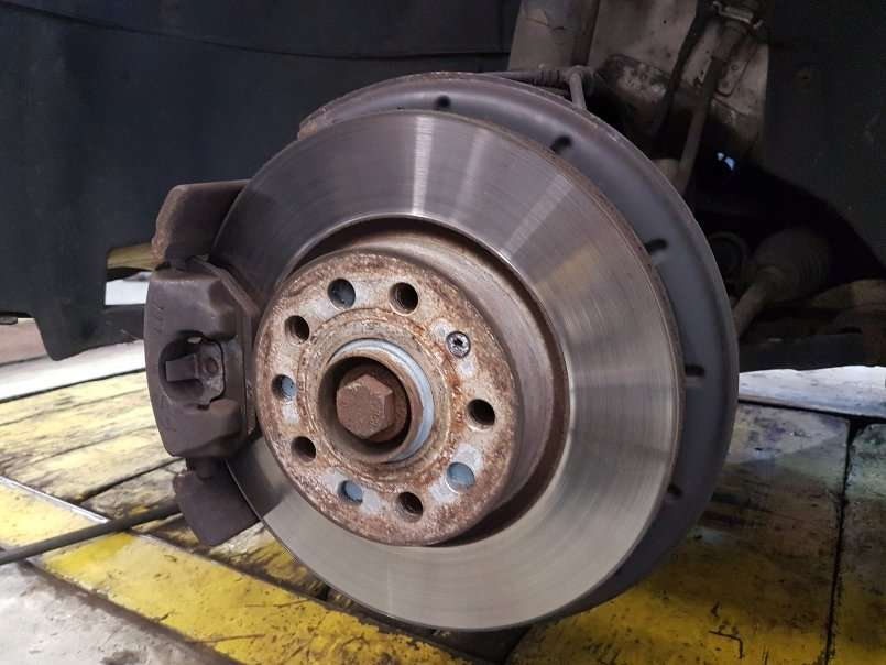Signs of Brake Problems That Risk an Accident and Auto Insurance Claim