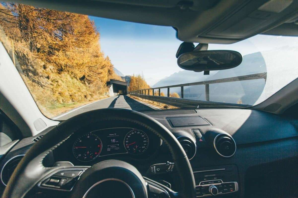 Average car insurance: Safety features for your vehicle